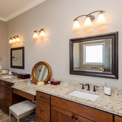 Tom Bartles Owners Bathroom 2